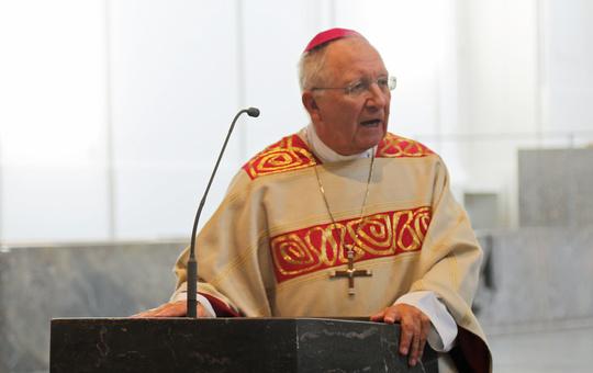 Weihbischof Ulrich Boom hat den Kommunionkindern einen Brief geschrieben.