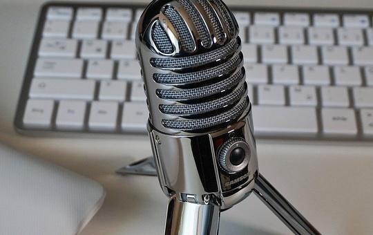 Mikrofon und Tastatur