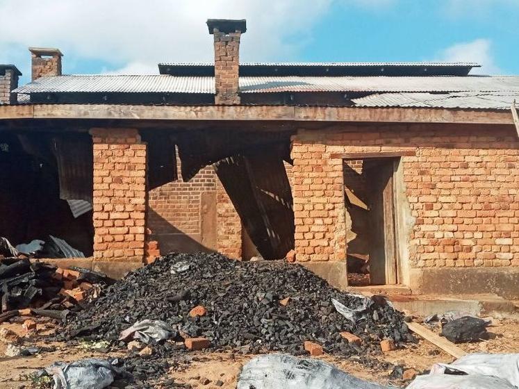 Nach dem Brand im Krankenhaus von Litembo