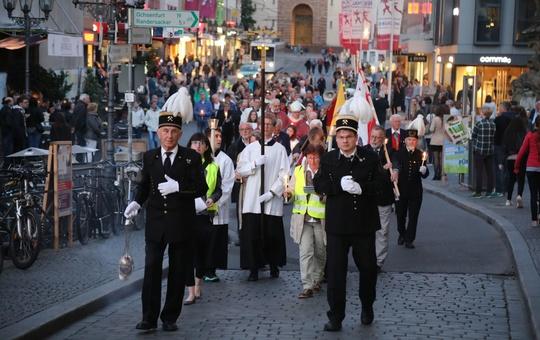 Nepomuk-Feier auf der Alten Mainbrücke Würzburg