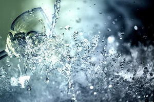 Symbolbild: Wasserglas