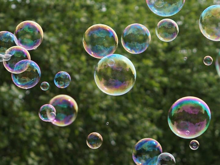 Seifenblasen im Garten