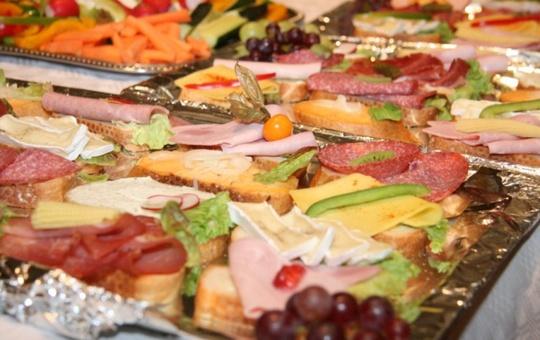 Catering Fingerfood vom Klinik-Café des Erthal Sozialwerks