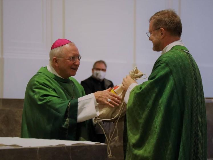 Weihbischof Ulrich Boom und Generalvikar Dr. Jürgen Vorndran