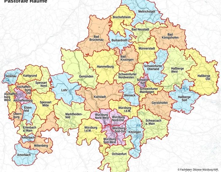 Karte der zukünftigen 43 Pastoralen Räume im Bistum Würzburg