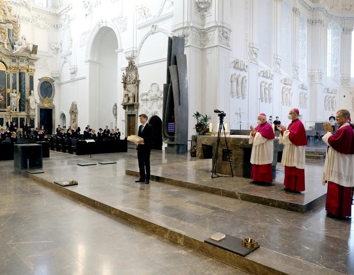 Abschied von Domkantor Alexander Rüth mit Dompropst Weihbischof Ulrich Boom, Bischof Dr. Franz Jung und Domdekan Generalvikar Dr. Jürgen Vorndran