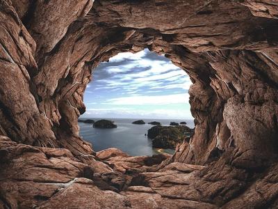 Blick aus Höhle aus das Meer