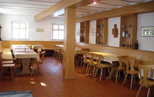 Innenraum des Pilgerhofs Altenmünster