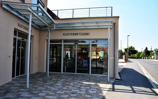 Klosterladen der Abtei Münsterschwarzach Außenansicht