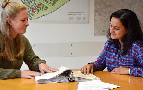 Schuldnerberaterinnen in der Würzburger JVA