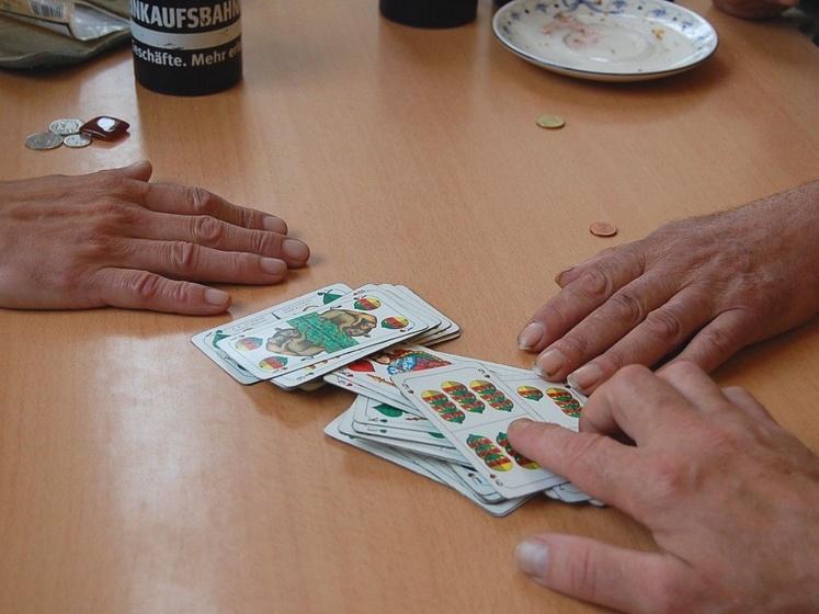 Kartenspiel in der Wärmestube