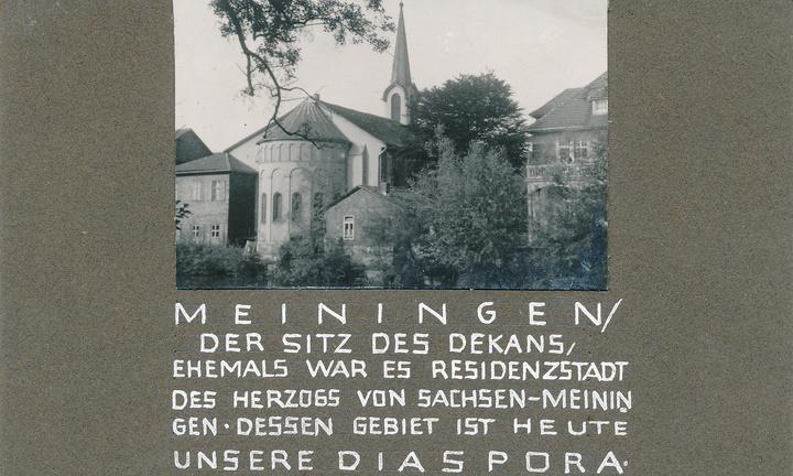 """Die katholische Kirche """"Unsere Liebe Frau"""" in Meiningen vor ihrem Abriss im Jahr 1967."""