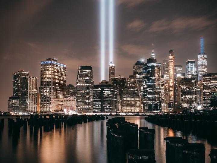 """""""Tribute in Light"""" in New York"""