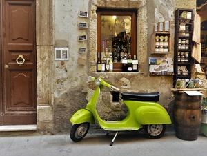 Vespa - Wein - Toscana