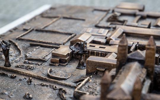 Bronzemodell der Abtei Münsterschwarzach