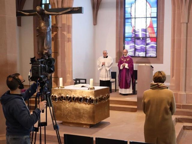 Gottesdienstübertragung aus dem Kiliansdom in Zeiten von Corona