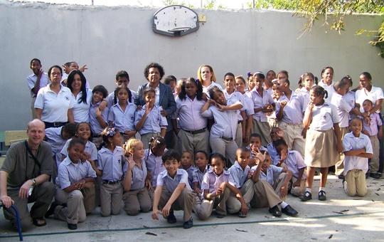 Gruppenbild Projekt Sonnenstrahl in Santo Domingo.